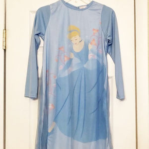 Gown new girls sz 6-6X Disney Princess Cinderella